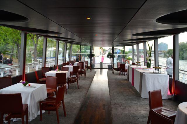 Pour vos événements d'affaires à Paris, étonnez vos invités et invitez-les au voyage.