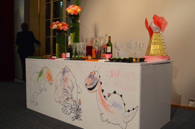 Aux Jardins des Sens a réalisé un cocktail élégant et raffiné, dans le choix des mets comme dans la présentation.