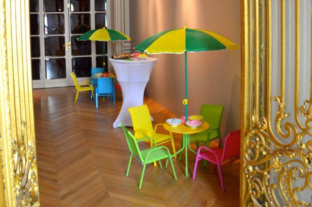 Aux Jardins des Sens peut vous fournir du mobilier de tous styles.