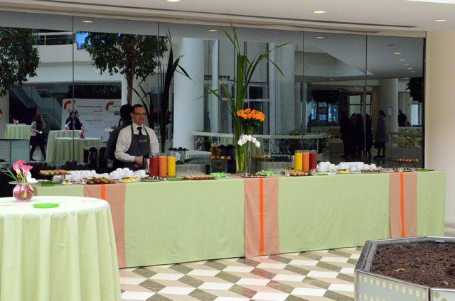 Les cuisiniers et serveurs sont recrutés selon des critères très stricts.